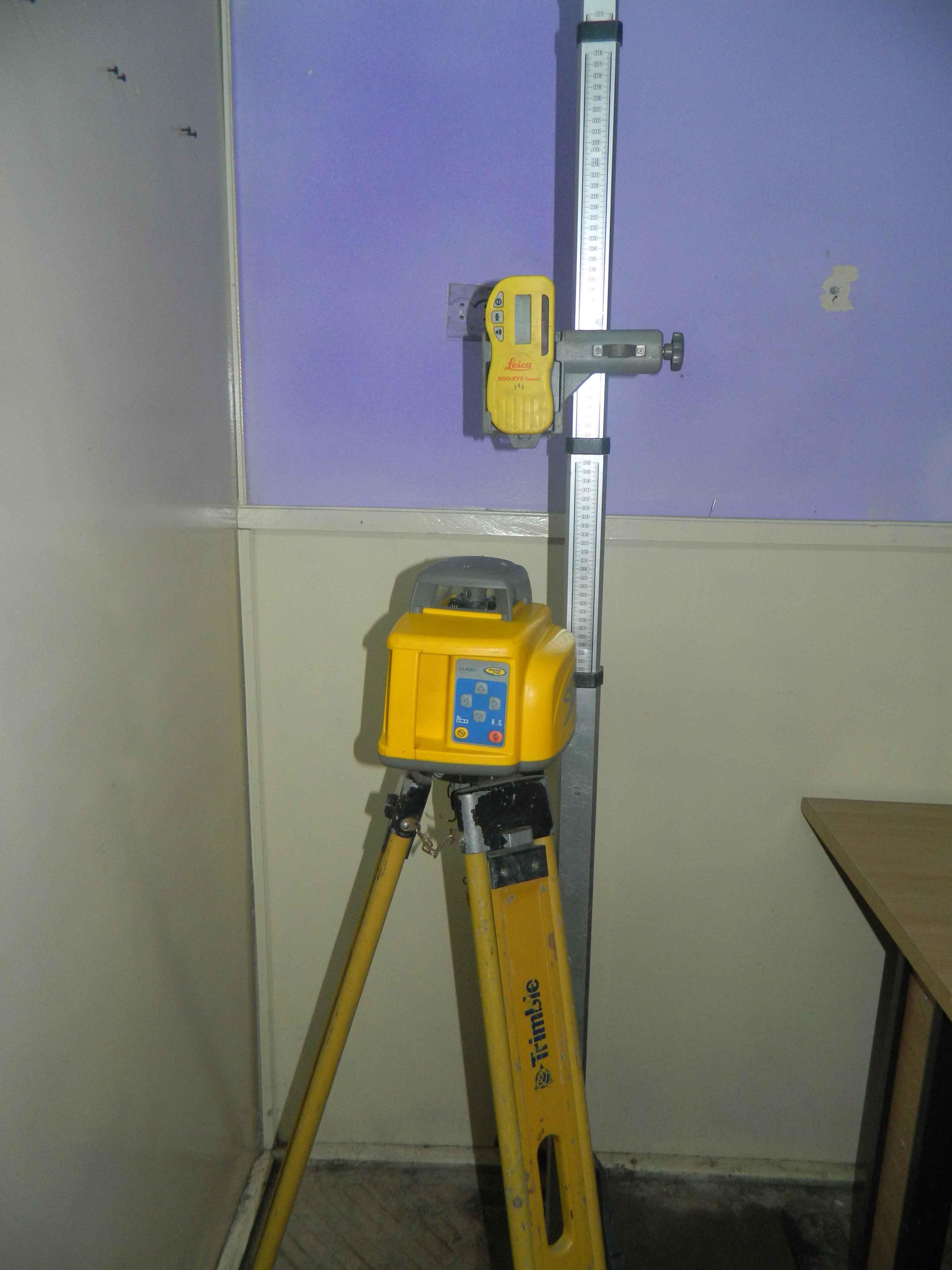 Nivela laser Spectra LL400